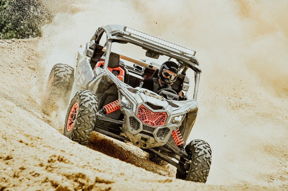 2021-Can-Am-Maverick-X3-X-rs-Turbo-RR-Feature